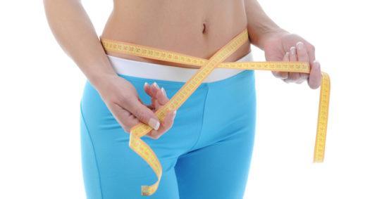 Обертывание пленкой для похудения – а поможет ли?