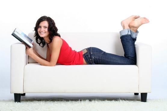Снижаем вес перед телевизором или упражнения для ленивых