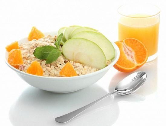 Почему надо есть овсянку ежедневно: ТОП-7 причин