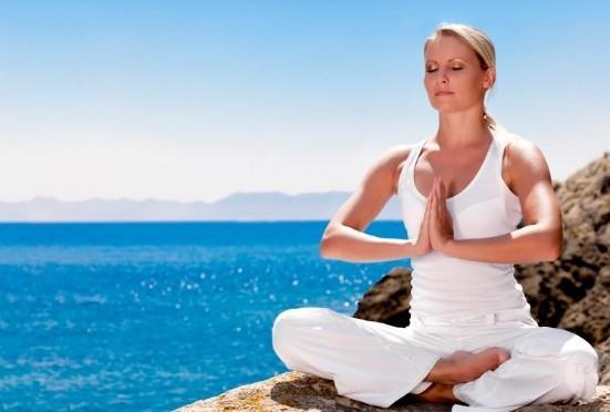 Йога как способ не только очистить разум, но и заполучить фантастическую фигуру