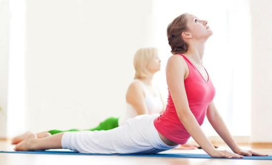 Лучшие упражнения для осанки в домашних условиях