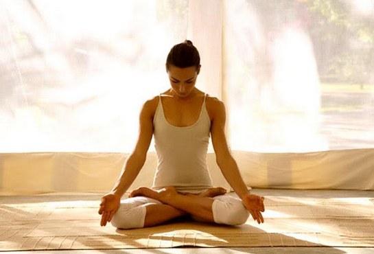 Упражнения для йоги для начинающих в картинках в домашних условиях 11