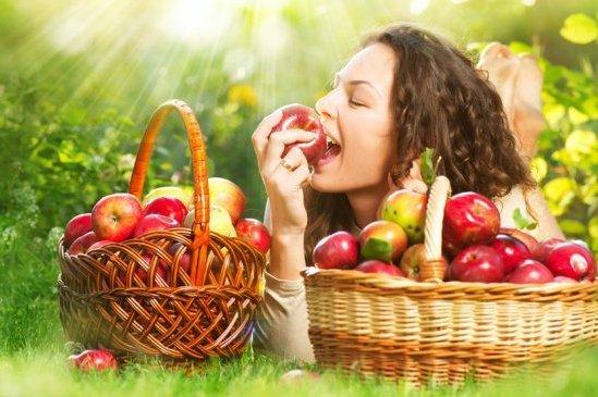 Кому особенно полезны яблоки