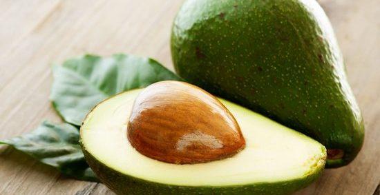 Как выбрать, хранить и чистить авокадо?