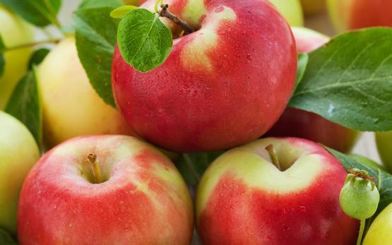 3 яблока