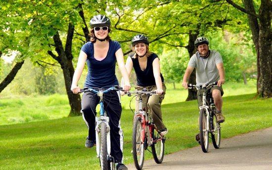 Почему полезно ездить на велосипеде: 5 главных причин