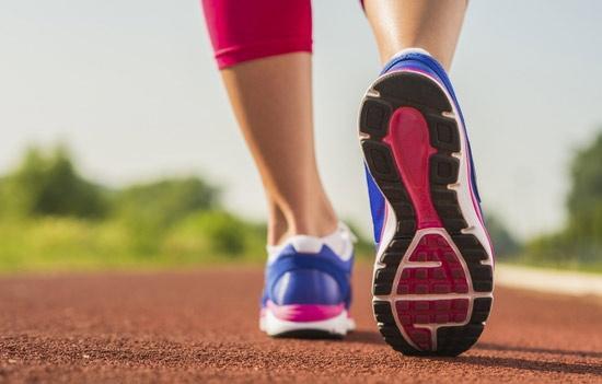 Сколько калорий сжигает ходьба: пешком к стройному телу
