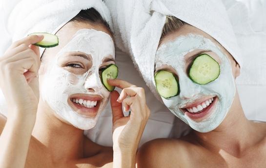 маски подтягивающие овал лица в домашних условиях