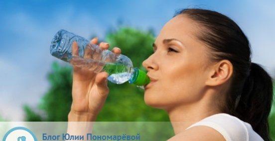 Надо ли пить воду по утрам