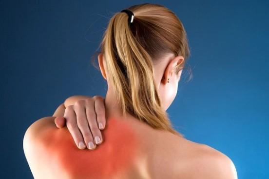 Упражнения при шейном остеохондрозе, которые можно выполнять дома и на работе