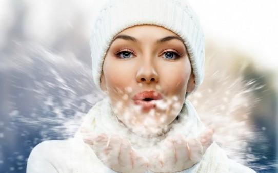 Правильный уход за губами зимой