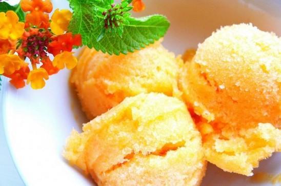 Рецепт мороженого «мандариновые дольки»