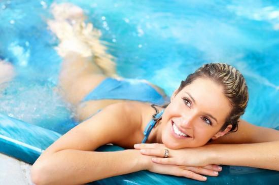 Как правильно плавать в бассейне, чтобы похудеть: как, когда и сколько?