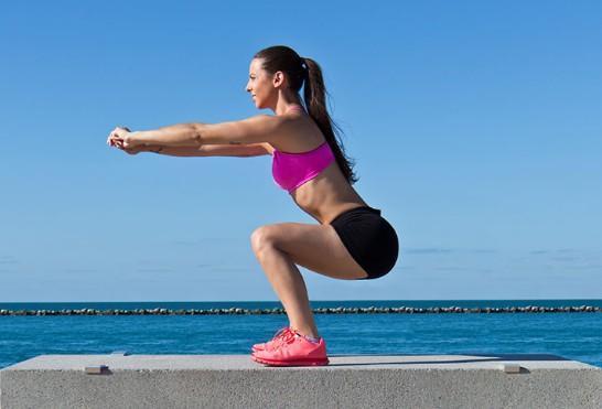 Какие мышцы работают при приседании