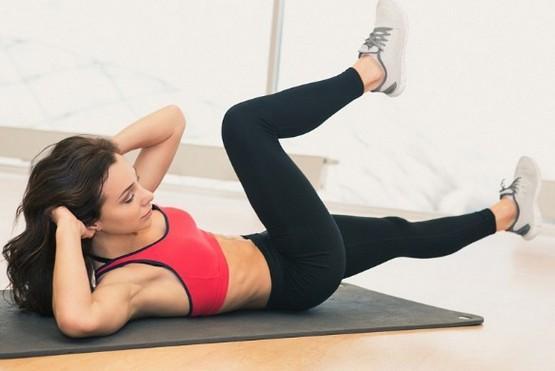 Упражнения для поддержания формы в домашних условиях