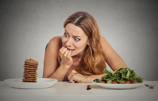Чем опасны диеты и что делать, чтобы похудеть и сохранить здоровье