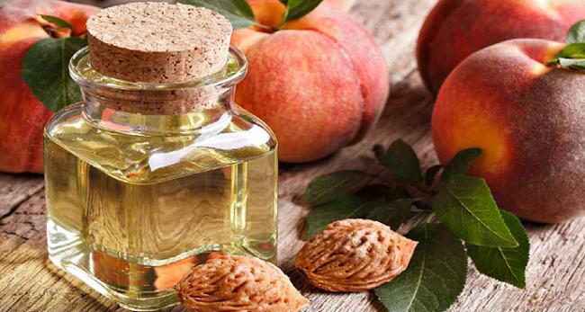 Польза персикового масла для кожи лица - просто волшебное средство!