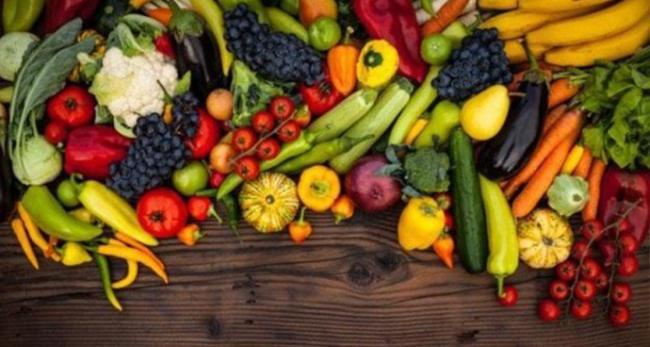 Асаи, годжи, спирулина, семена чиа... Суперфуды или еда с грядки - что лучше?