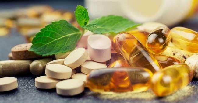 Опасности, скрывающиеся в синтетических витаминах: будьте осторожны!