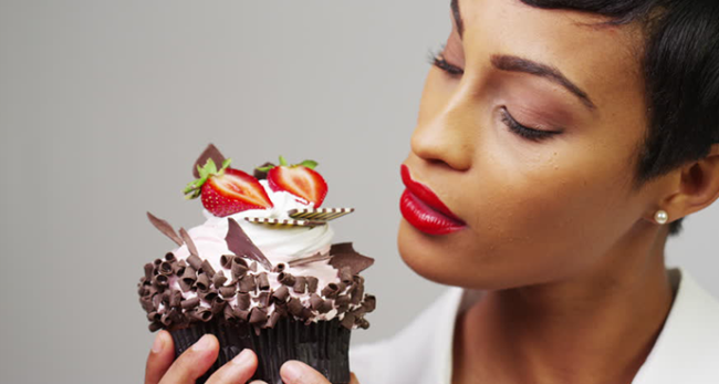 Десерт диете не помеха - 3 рецепта вкуснейших низкокалорийных сладостей!