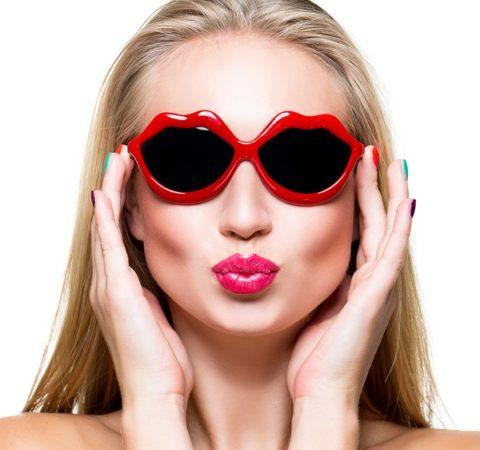 Незаурядные, красочные и неожиданные солнцезащитные очки-2018. Главные тренды наступающего лета!
