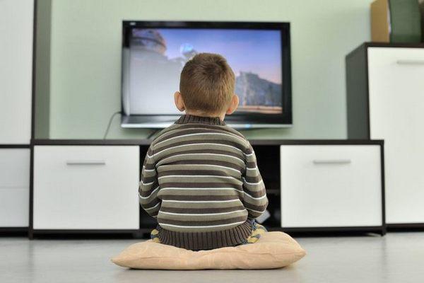 Влияние телевидения на неокрепшую детскую психику - исследования канадских ученых