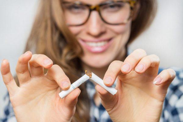 Худеют ли от курения: что на самом деле происходит с организмом