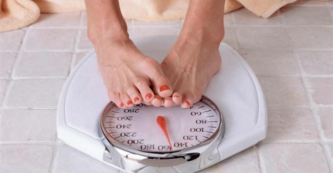 Почему после диеты быстро набирается вес