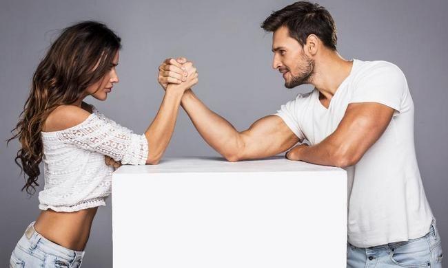 """6 правил, по которым мужчины """"играют"""" в отношениях"""