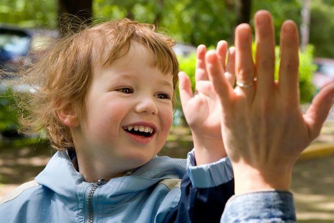 10 фраз, которые помогут ребенку вырасти уверенным в себе
