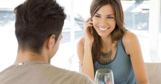 На что мужчина всегда обращает внимание в женщине: 8 факторов