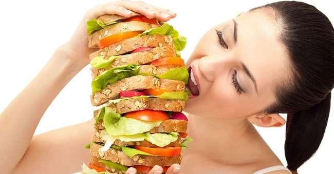 Булимия и переедание: как понять, что с вами?