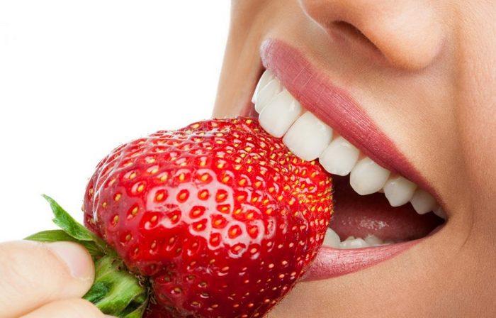 ТОП-10 средств для отбеливания зубов в домашних условиях