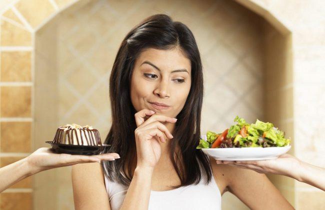 10 хитростей, которые помогут избавиться от тяги к сладкому!