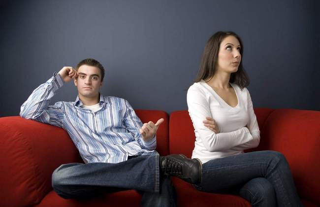 10 досадных ошибок, которые совершают женщины в отношениях