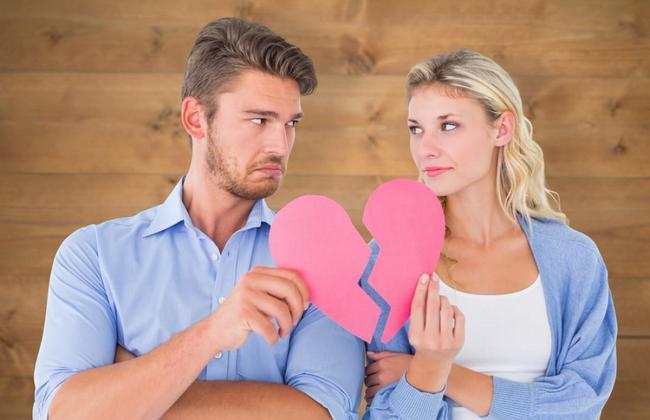 Когда отношения обречены? 8 тревожных сигналов