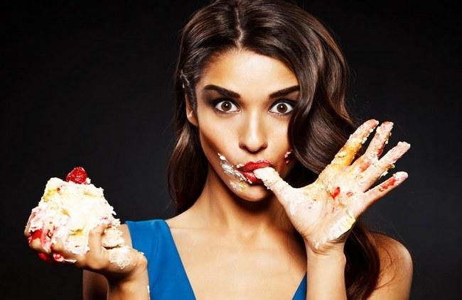 10 привычек, которых следует избегать после еды