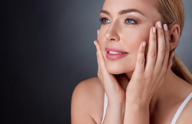 8 обыденных привычек, которые крайне разрушительно действуют на кожу