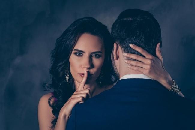 Почему женщин привлекают женатые мужчины? 3 главные причины