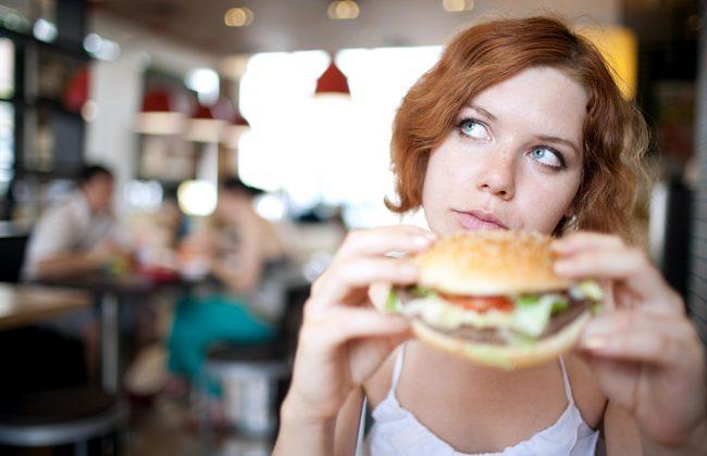 Осторожно, еда! Или 6 продуктов, которые заставляют вас есть больше