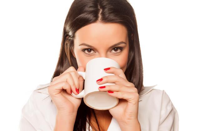 Эффективный напиток для похудения с корицей и лимоном: ускорит обмен веществ и поддержит здоровье!