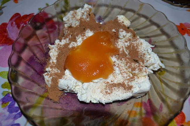 Яблоки, запеченные в духовке с творогом - вкуснейший рецепт диетического десерта. Просто пальчики оближешь!