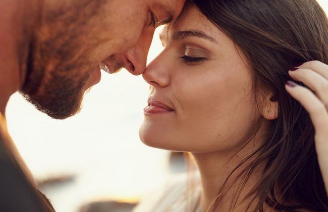 10 вещей, которые делает только любящий мужчина