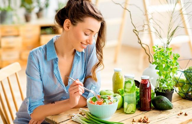 3 принципа осознанного питания, которые позволят похудеть, не мучая себя