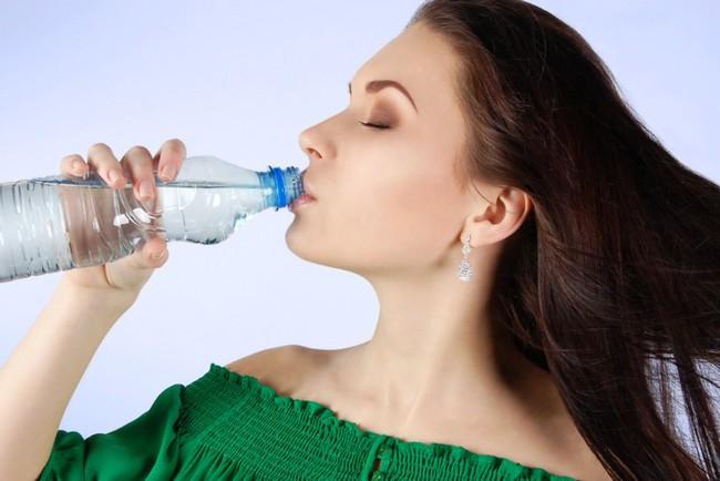 Вы пьёте недостаточно: 7 предупреждающих признаков обезвоживания