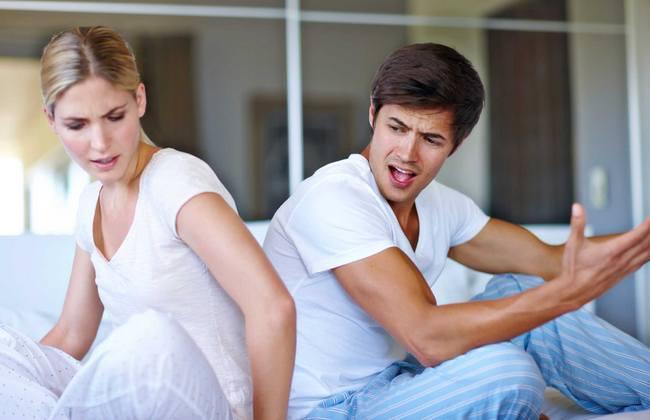 Отказаться от друзей, изменить внешность и ещё 5 вещей, которые никогда не попросит надежный партнер!