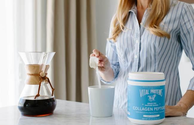 Омоложение, помощь печени, костям и суставам! Что будет, если добавлять коллагеновые пептиды в утренний кофе?