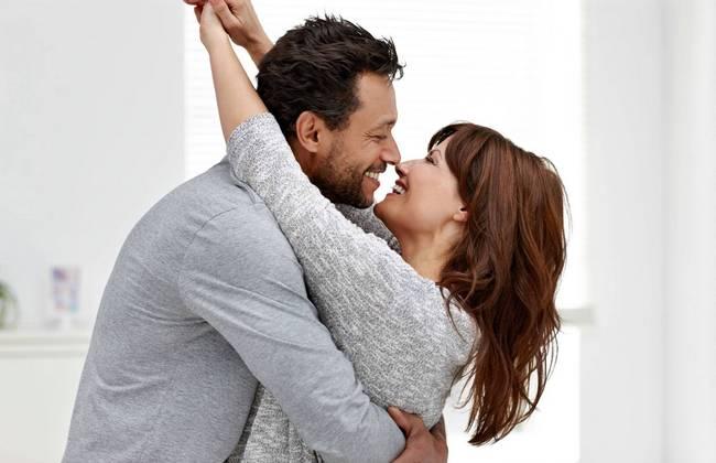 10 фраз, которые всегда говорит влюбленный мужчина