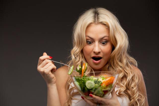 ТОП-5 продуктов, которые можно есть перед сном, не боясь поправиться