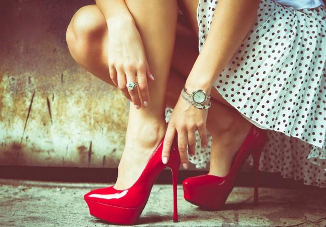 Как ходить на высоких каблуках? 6 секретов манекенщиц